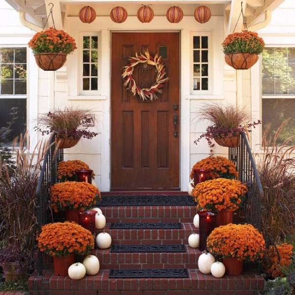 25 Great Fall Porch Decoration Ideas (11)