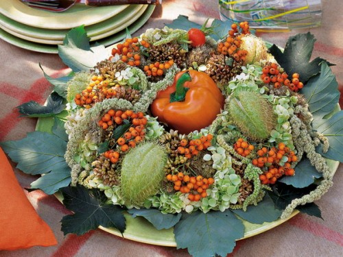 26 Great Fall Table Decorating Ideas (24)