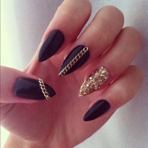 27 Amazing Pointed Nail Art Ideas (1)