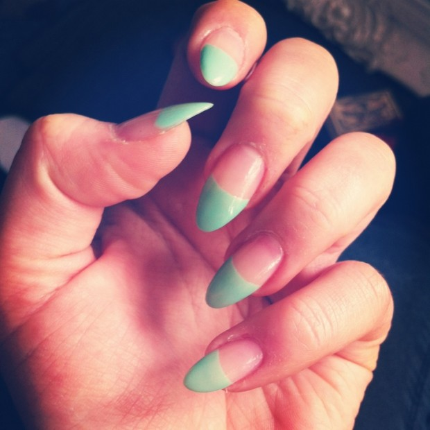 27 Amazing Pointed Nail Art Ideas (18)
