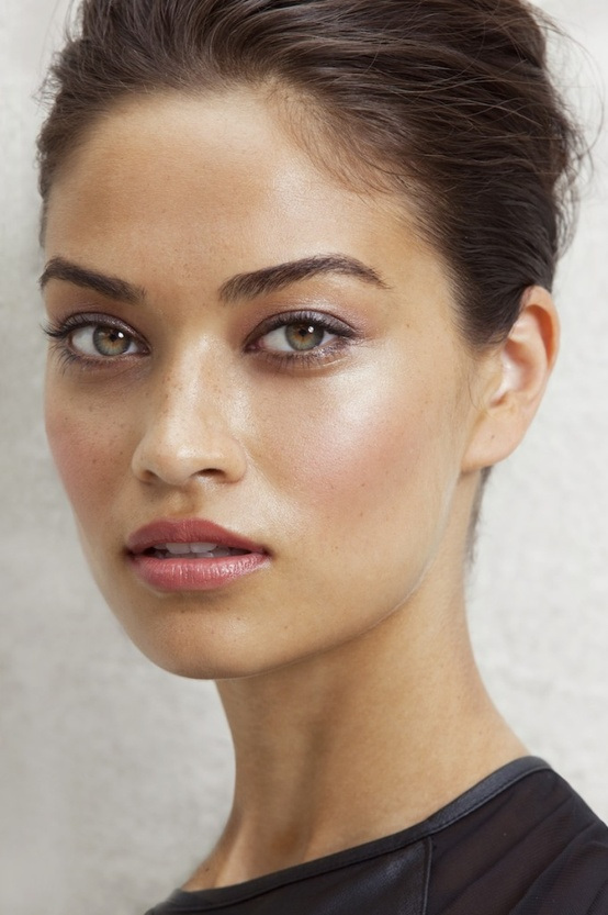 Soft and Natural Makeup Look Ideas and Tutorials (18)