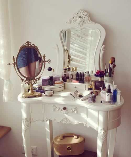 dressing table (23)