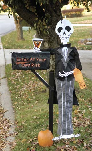 15 fun and scary ideas how to decorate your mailboxes for halloween