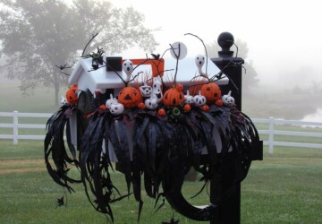 15 Fun and Scary Ideas How to Decorate Your Mailboxes for Halloween - mailbox, haloween mailbox decor, Halloween decorations