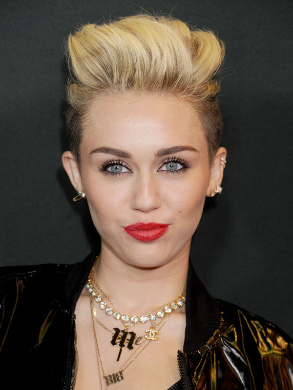 18 Inspirational Celebrities Beauty Looks For Special