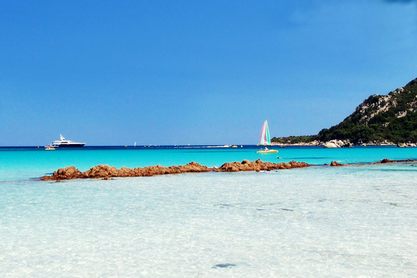 20 Beautiful Photos of Corsica- island in the Mediterranean Sea (12)