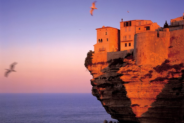 20 Beautiful Photos of Corsica- island in the Mediterranean Sea (18)