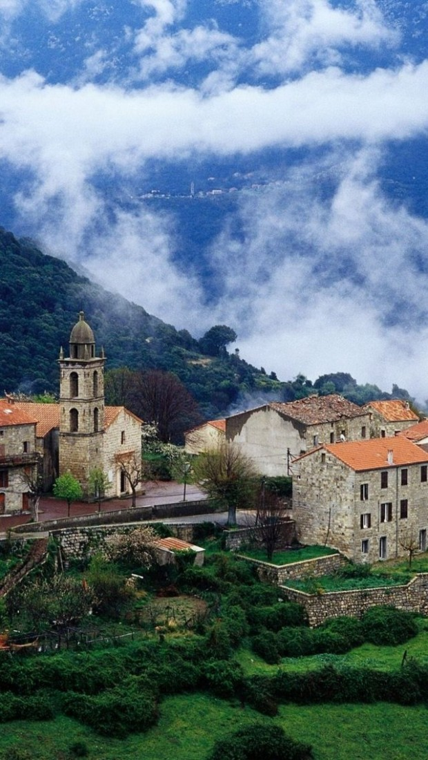20 Beautiful Photos of Corsica- island in the Mediterranean Sea (2)