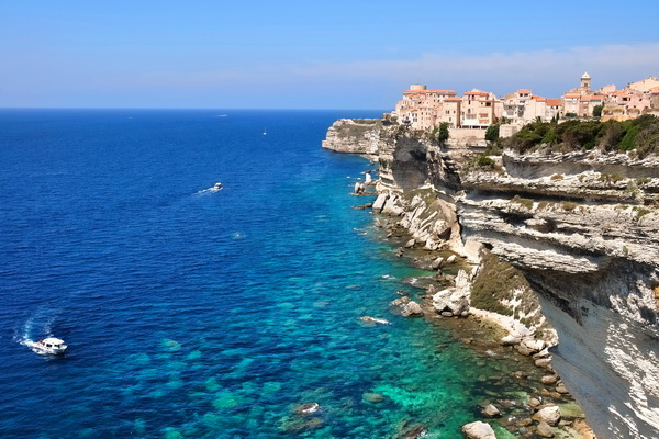 20 Beautiful Photos of Corsica- island in the Mediterranean Sea (6)