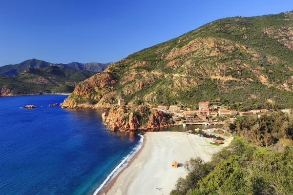 20 Beautiful Photos of Corsica- island in the Mediterranean Sea (7)