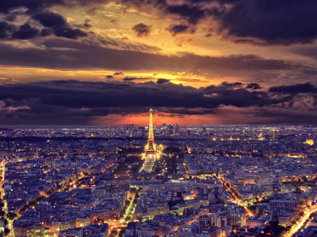 20 Breathtaking Photos of Paris at Night (17)