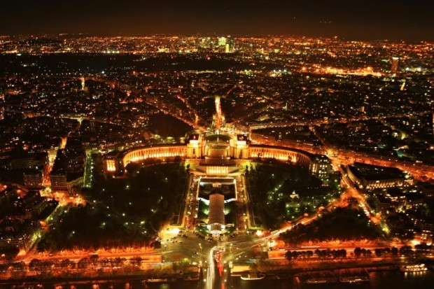 20 Breathtaking Photos of Paris at Night (19)