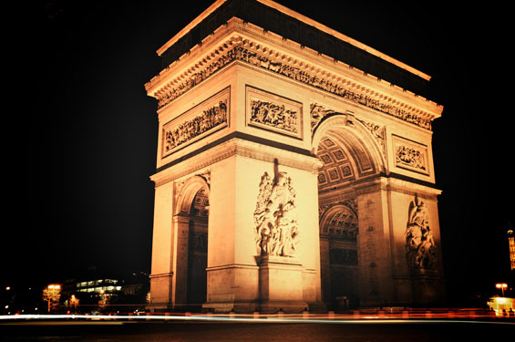 20 Breathtaking Photos of Paris at Night