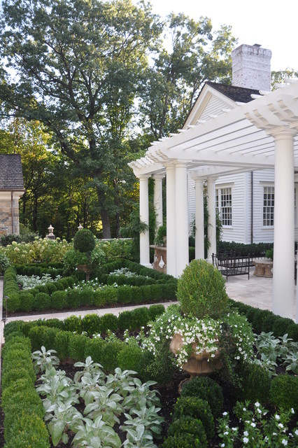 20 Landscape Outdoor Area Design Ideas in Traditional Style (15)