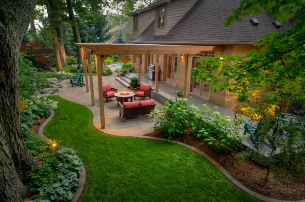 20 landscape outdoor area design ideas in traditional for Outdoor garden designs