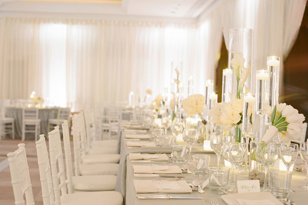 20 pure white wedding decor ideas for romantic wedding for Www wedding decorations ideas