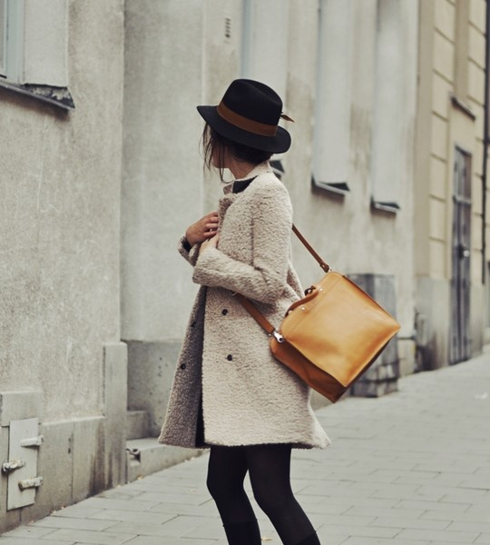 21 Stylish Outfit Ideas for Cold Days (10)