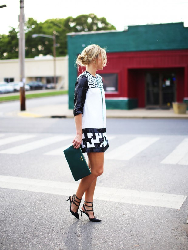 22 Popular Outfit ideas for This Season (12)