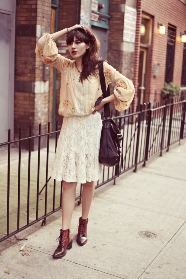 22 Popular Outfit ideas for This Season (16)