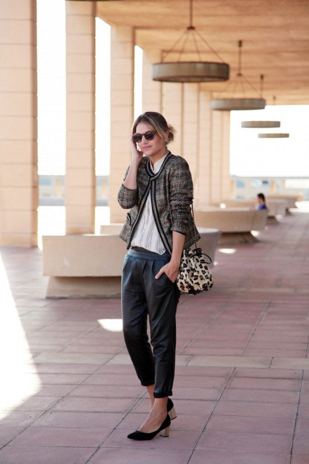 22 Popular Outfit ideas for This Season (18)