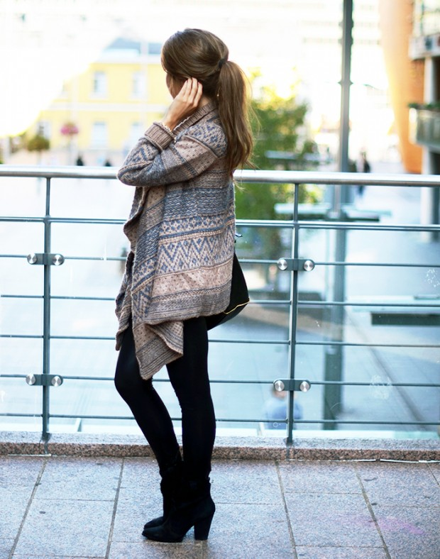 22 Popular Outfit ideas for This Season (5)