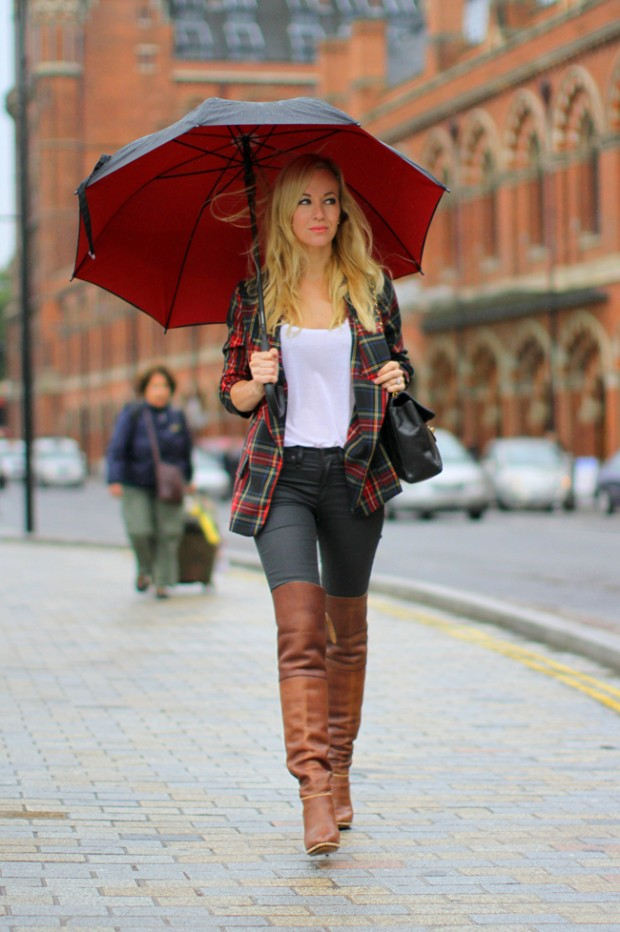 22 Popular Outfit ideas for This Season (6)