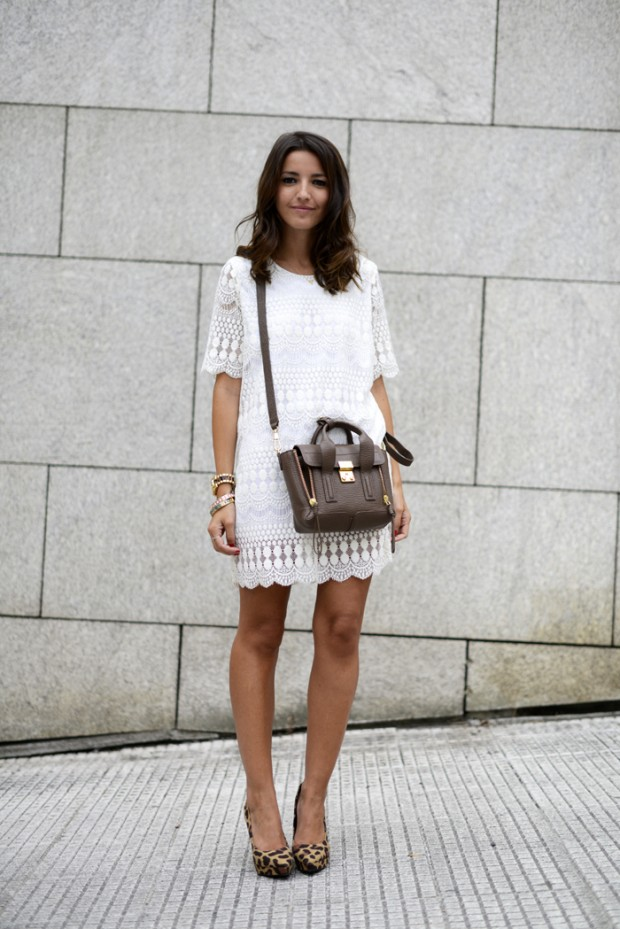 22 Popular Outfit ideas for This Season (8)