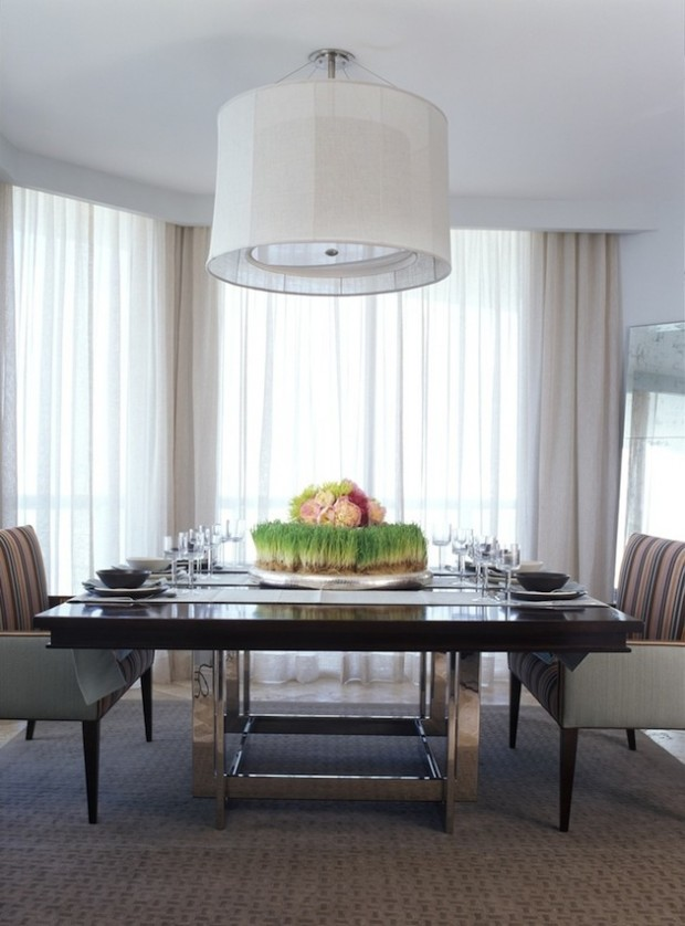 23 amazing dining table centerpiece ideas style motivation for Dining table arrangement ideas