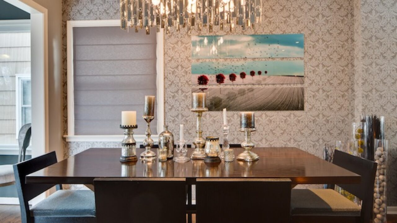 Picture of: 23 Amazing Dining Table Centerpiece Ideas