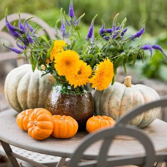 23 Great Fall Decoration Ideas with Pumpkins (1)