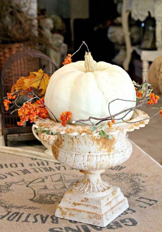 23 Great Fall Decoration Ideas with Pumpkins (10)