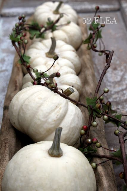 23 Great Fall Decoration Ideas with Pumpkins (7)