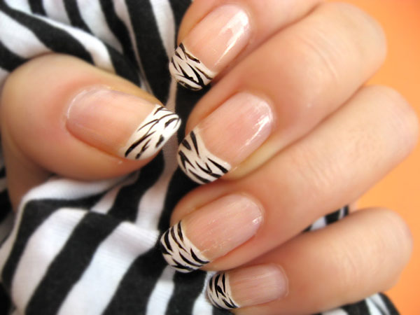 23 Popular Nail Art Ideas for This Season (2)