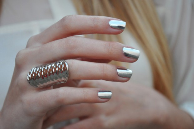 23 Popular Nail Art Ideas for This Season (6)