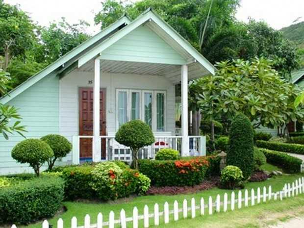 28 beautiful small front yard garden design ideas style for Best house designs with garden