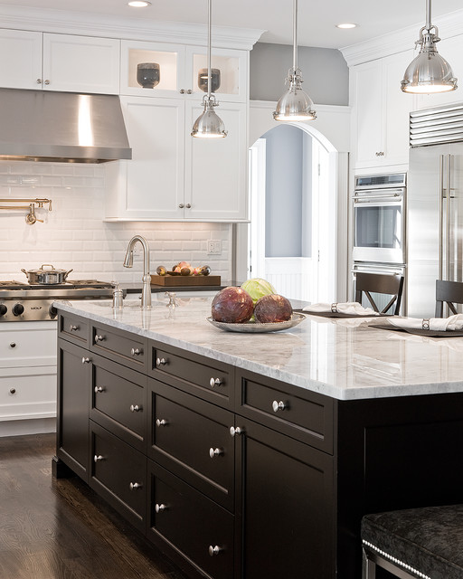 23 Great Kitchen Design Ideas in Traditional style on Traditional Kitchen Wall Decor  id=61990