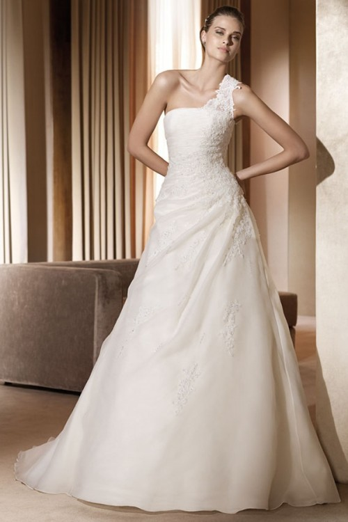25 Romantic Wedding Dresses (17)