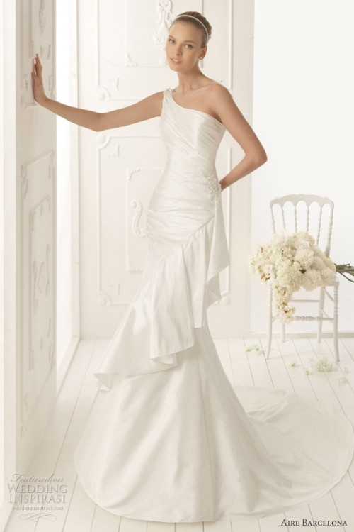 25 Romantic Wedding Dresses (18)