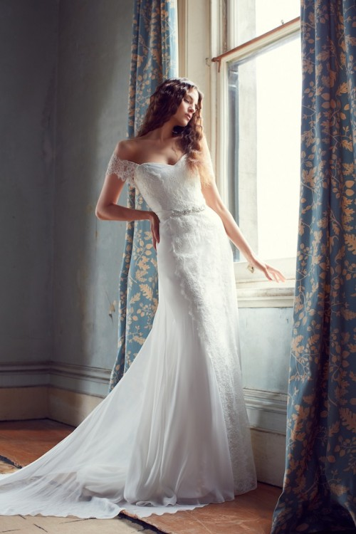 25 Romantic Wedding Dresses (24)