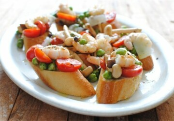 26 Easy and Tasty Bruschetta and Crostini Recipes - recipes, Crostini, Bruschetta