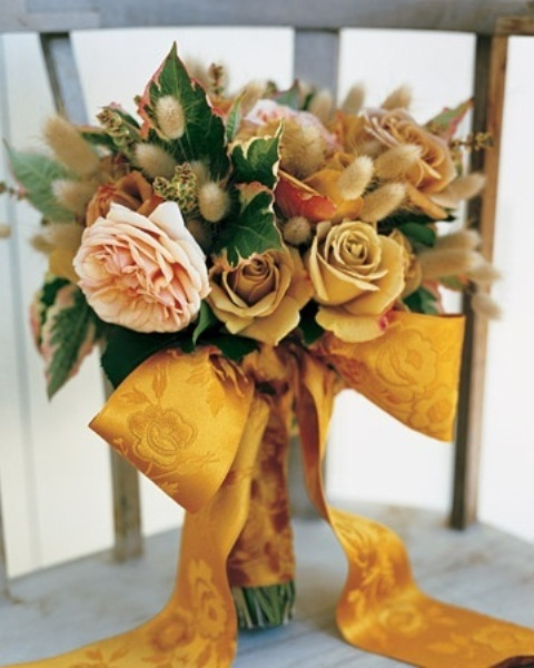 27 Romantic Fall Wedding Bouquets (12)
