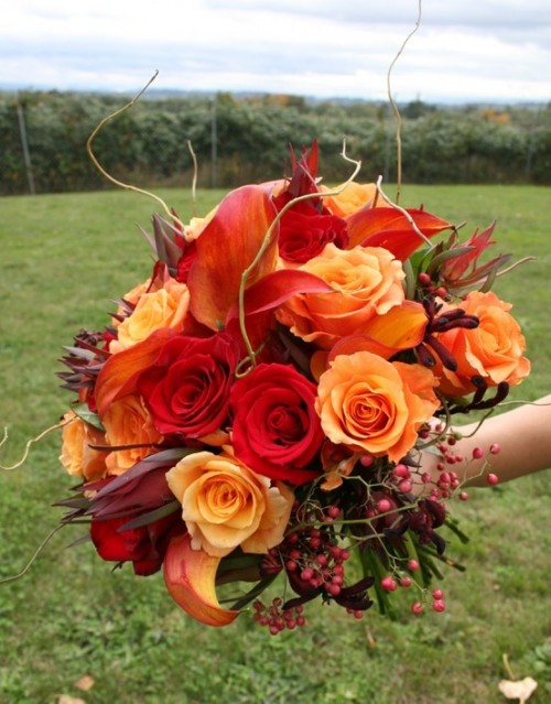 27 Romantic Fall Wedding Bouquets (18)