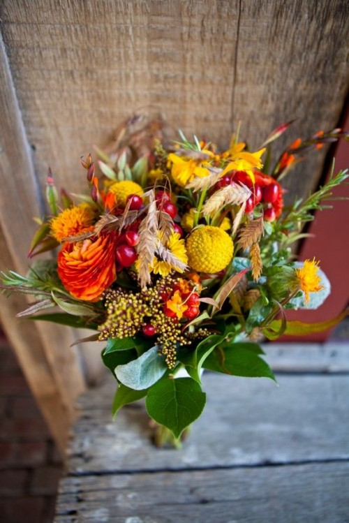 27 Romantic Fall Wedding Bouquets (23)
