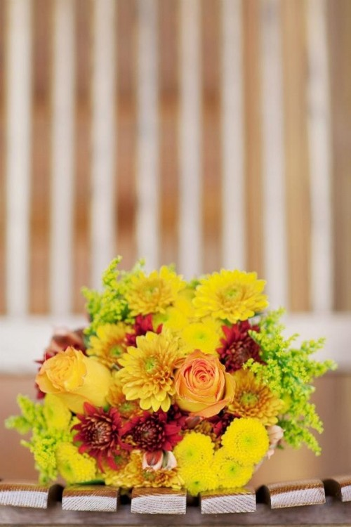 27 Romantic Fall Wedding Bouquets (27)