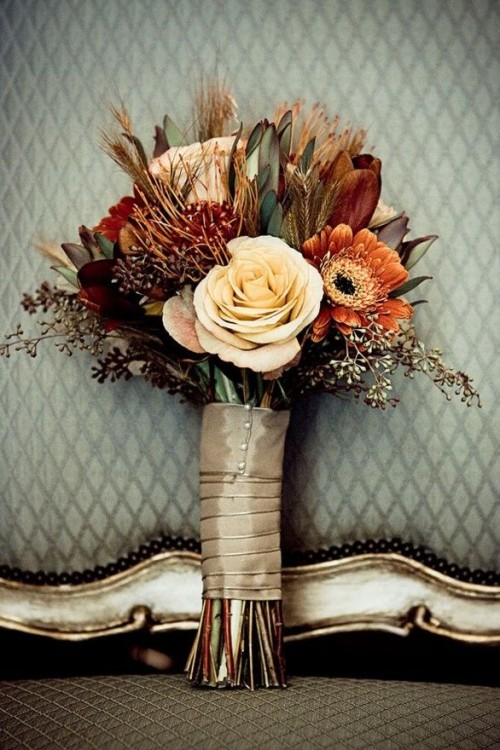 27 Romantic Fall Wedding Bouquets (7)