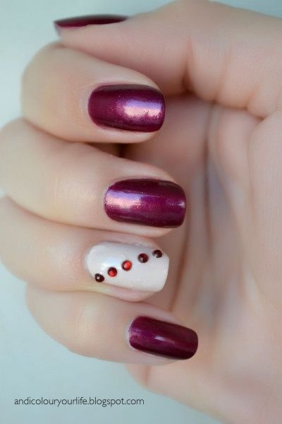 27 Simple and Cute Nail Art Ideas (13)