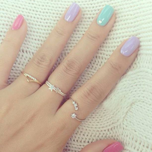 27 Simple and Cute Nail Art Ideas (19)