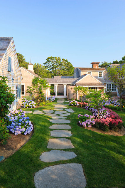 28 Beautiful Small Front Yard Garden Design Ideas - Style ... on Tiny Front Yard Ideas id=62569
