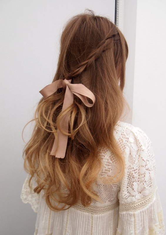 33 Adorable Hairstyles with Bows (10)