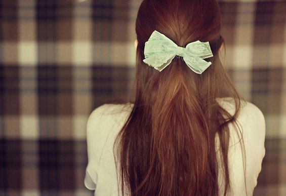 33 Adorable Hairstyles with Bows (12)